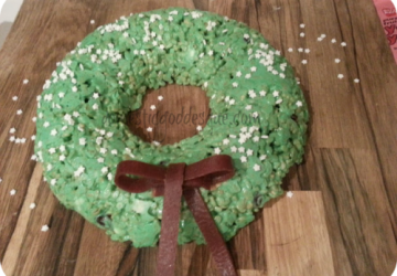 Domestic Goddesque edible Christmas wreath