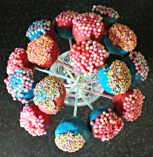 Chocolate cake pops with mini Smarties