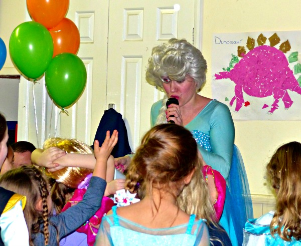 party entertainer, planning a child's birthday party
