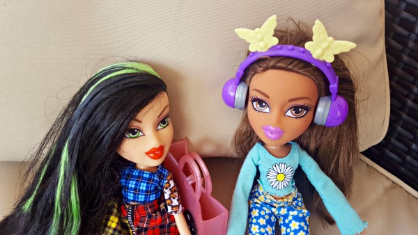 Jade and Yasmin Bratz Dolls